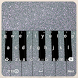 Clavier Argent Piano et Émoticône by Deluxe Company