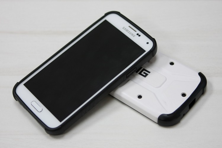 UAG Samsung Galaxy S5 case review